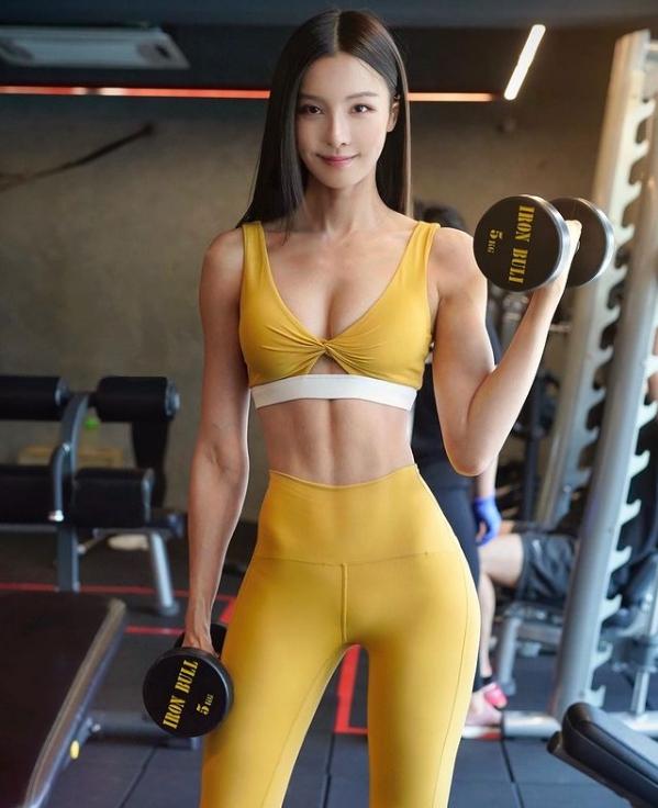 ▲李元玲熱衷於健身、重訓。(圖/李元玲