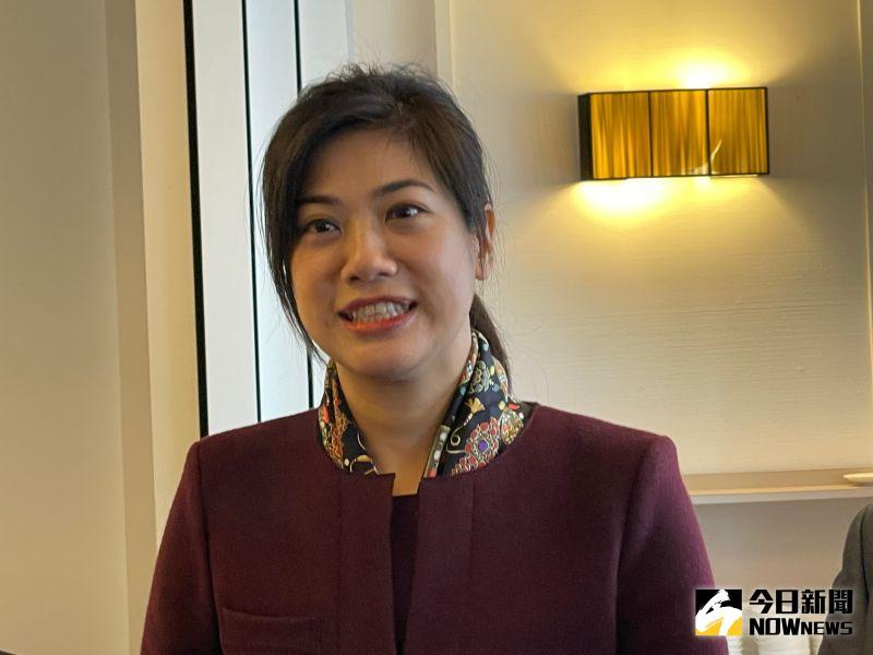 新光金總座吳欣儒曾是籃球隊 3個孩子的媽這樣過新年