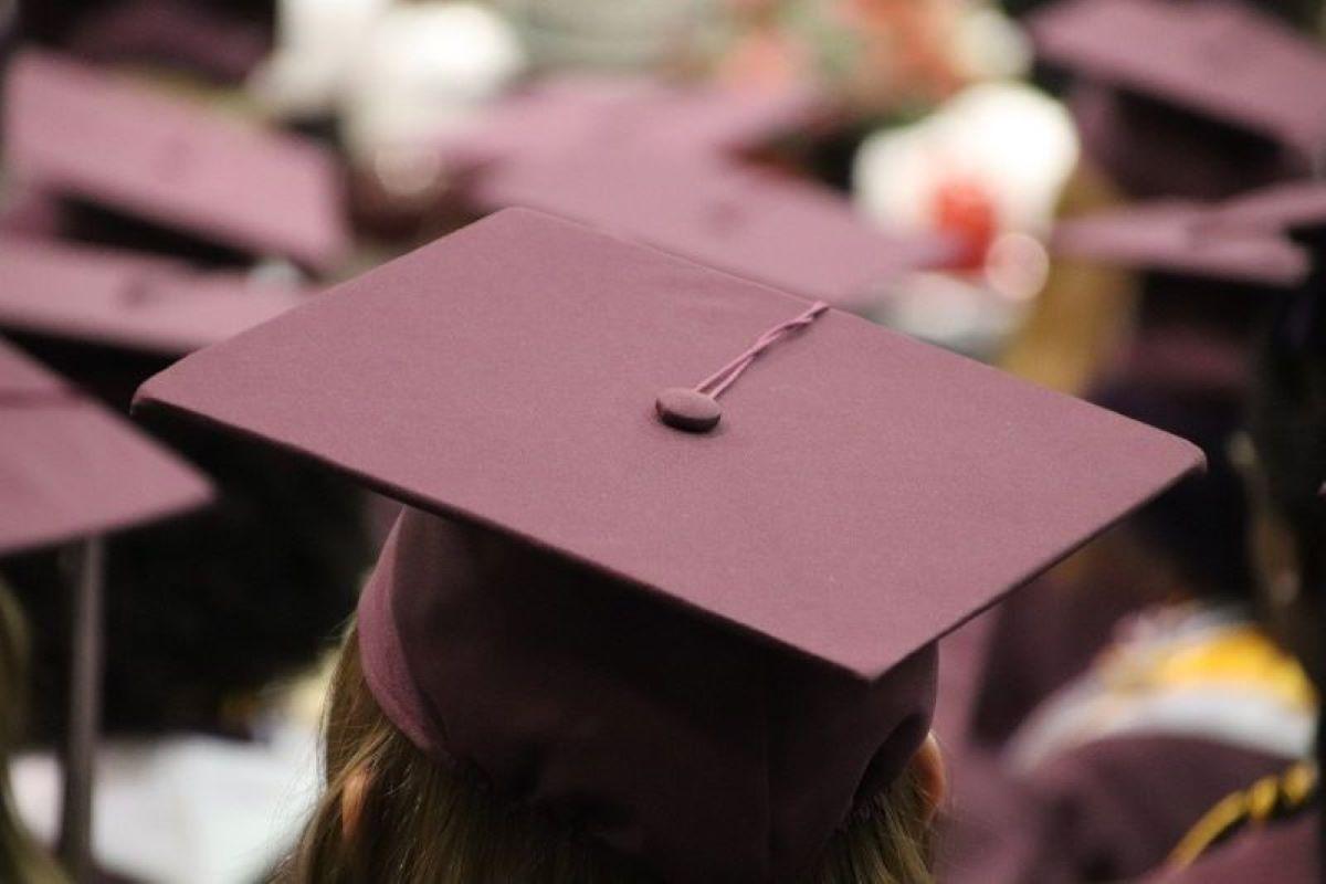 ▲網友討論有許多人可以上台大,但最後卻會選擇私立大學的原因。(示意圖,圖中人物與本文無關/翻攝Pixabay)
