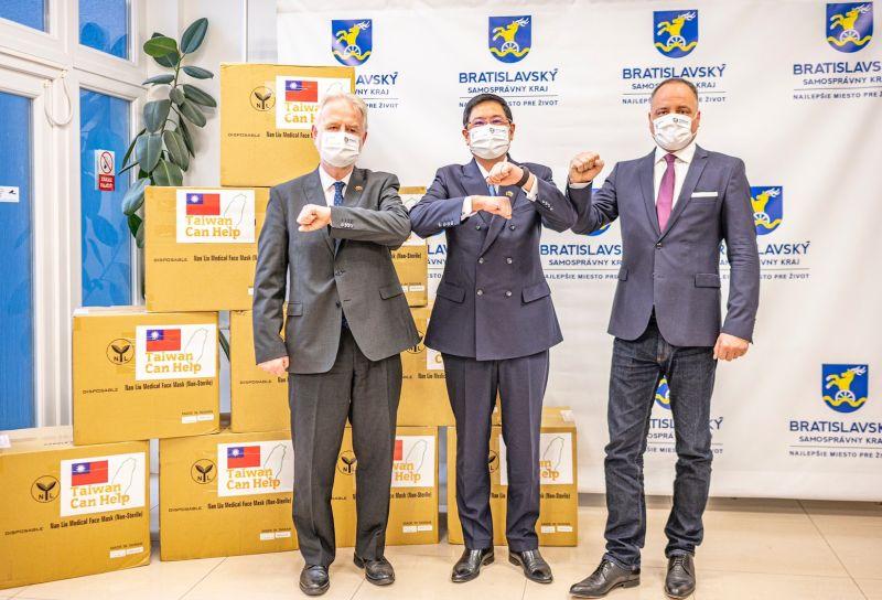 斯洛伐克媒體 大篇幅報導台灣防疫成果