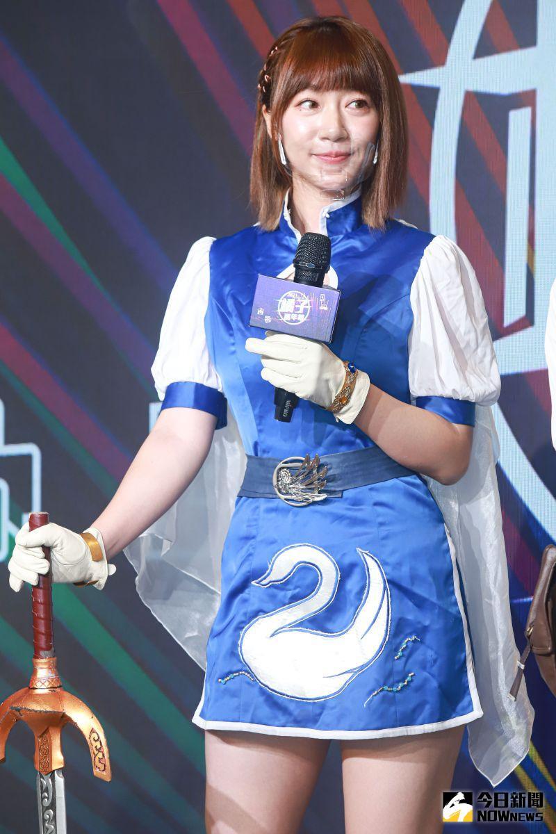 ▲泱泱cosplay成天堂M裡王族的角色出席橘子嘉年華開展記者會。(圖/記者葉政勳攝