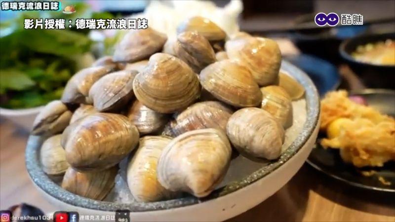 ▲ 火鍋店搭配生日活動,幾歲就送多少顆牛奶貝。(圖/德瑞克流浪日誌授權)