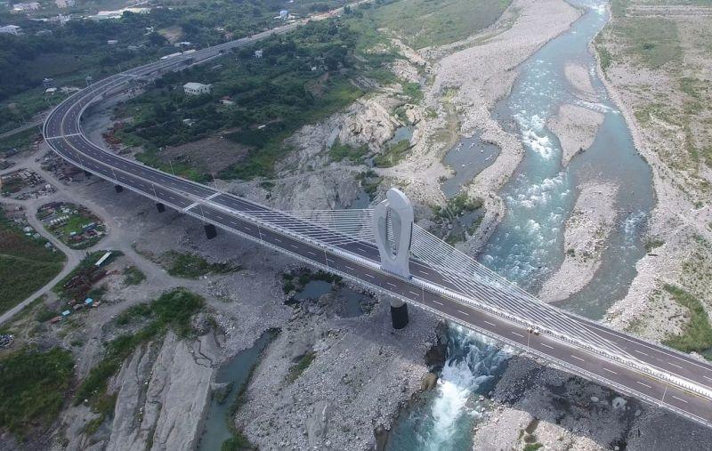▲東勢-豐原生活圈快速道路目前僅完成第4、5標橋梁(圖/建設局2021.2.4)