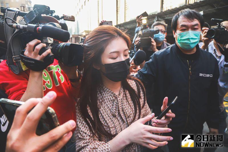 翁立友自稱性騷擾疑雲「受害者」 雞排妹回擊:二度傷害