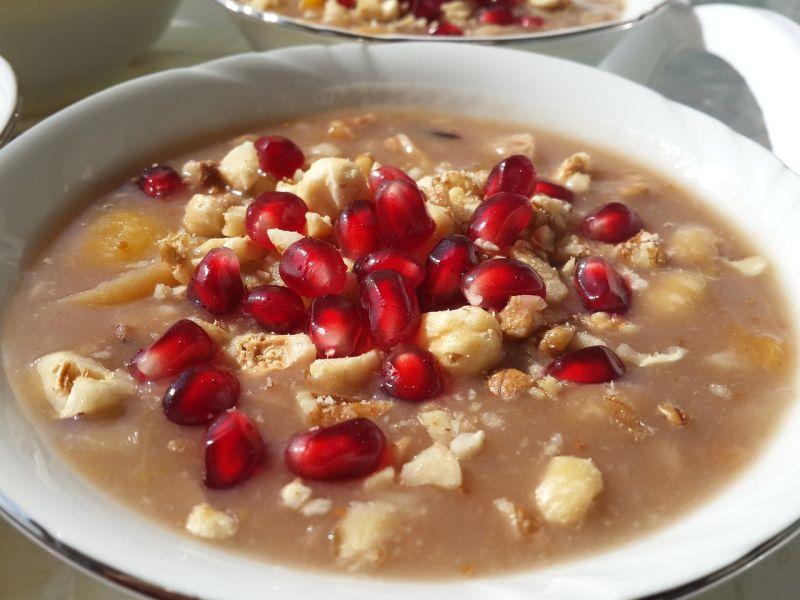 ▲冬天「熱甜湯」哪款最推?眾一面倒揭1配料。(示意圖/翻攝自pixabay)
