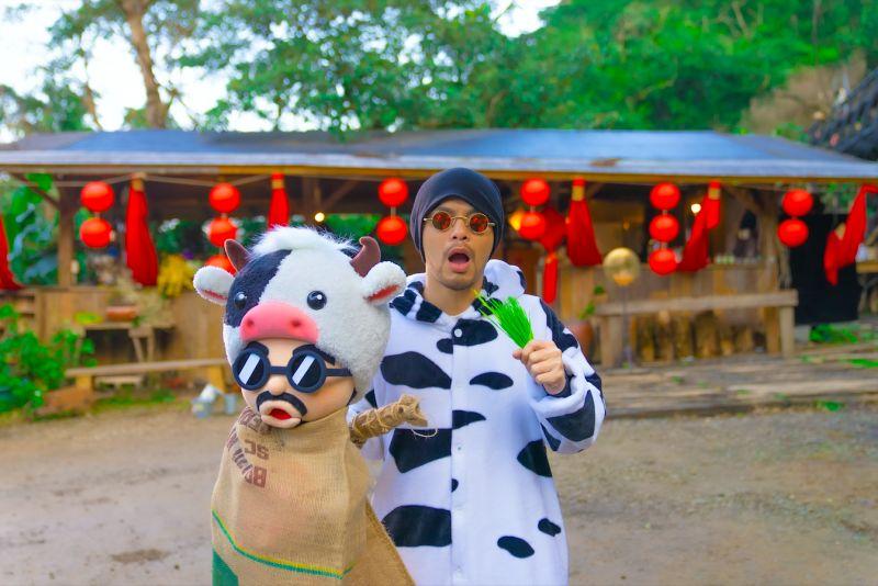 ▲黃明志推出新年賀歲歌曲《我是一隻牛》。(圖/亞洲通文創提供)