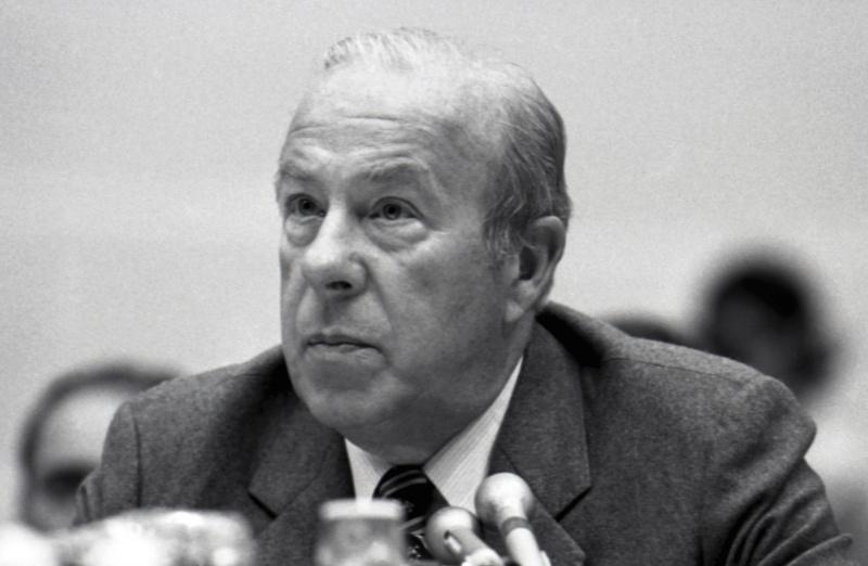 前美國國務卿舒茲逝世 享嵩壽100歲