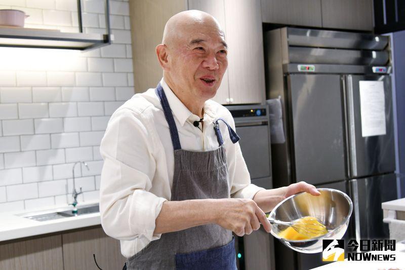 專訪/特力總裁何湯雄自創番茄炒蛋 用雞蛋肉絲麵寵女兒