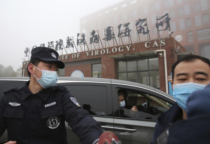 ▲世界衛生組織(WHO)公布對2019冠狀病毒疾病(COVID-19)起源的調查報告後,美國等14個國家發表聯合聲明,對這項研究拖延甚久以及未能取得全部資料表達關切。圖為世衛專家小組於2月初赴武漢,拜訪了華南海鮮市場、武漢病毒研究所(實驗室)、湖北省動物疾控中心等地點。(圖/美聯社/達志影像)