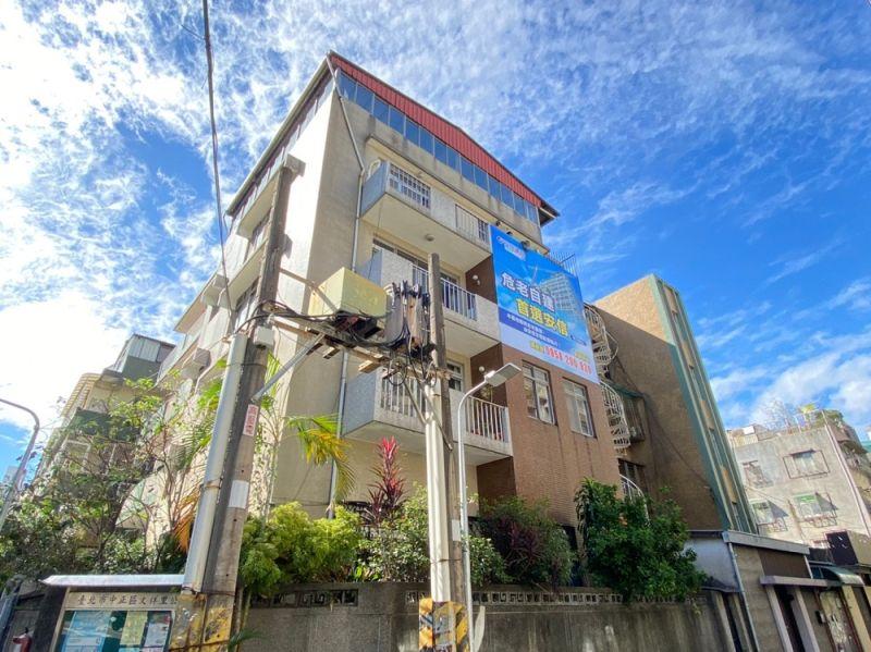 ▲位於台北市信義路的48年透天老宅,所在地段及基地大小亦符合開發經濟效益。(圖/安信建經)