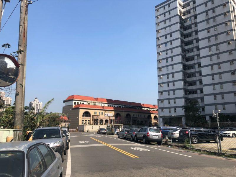 ▲未來平鎮站設址地點周邊的社區大樓,都因交通利多而翻身。(圖/NOWnews資料照片)