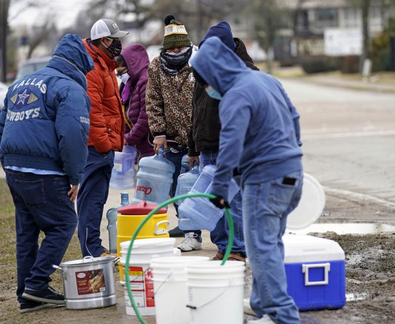 冬季風暴襲擊 德州恢復供電、民眾面臨缺水危機