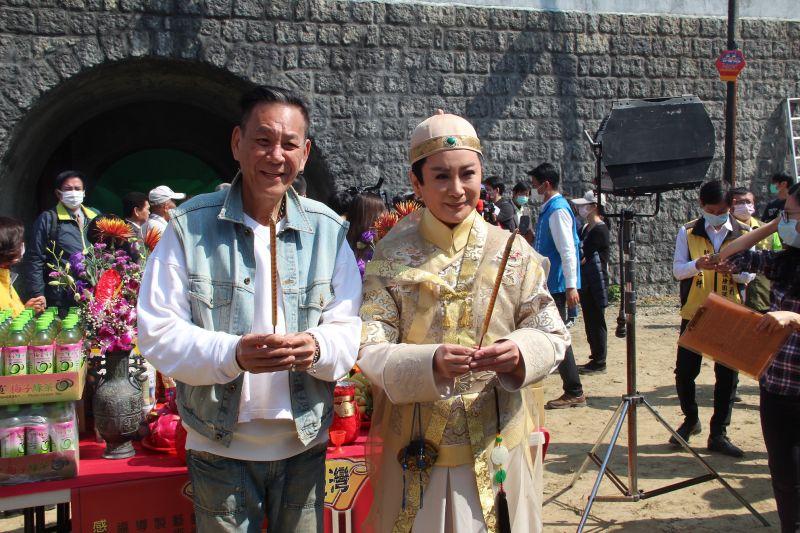 ▲陳亞蘭力邀龍劭華(前排左)特別演出。(圖/欣湉國際提供)