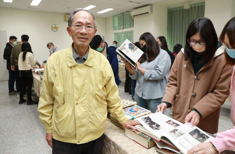 興大前農資院長陳明造   回「娘家」辦書展鼓勵閱讀