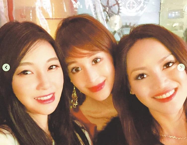 ▲雪莉(中)與孫瑩瑩(左)是朋友。(圖/孫瑩瑩