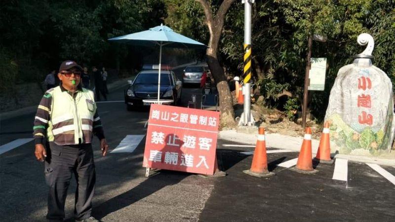 ▲岡山分局針對「崗山之眼」的聯外道路均有編排員警實施交通疏導。(圖/岡山分局提供)