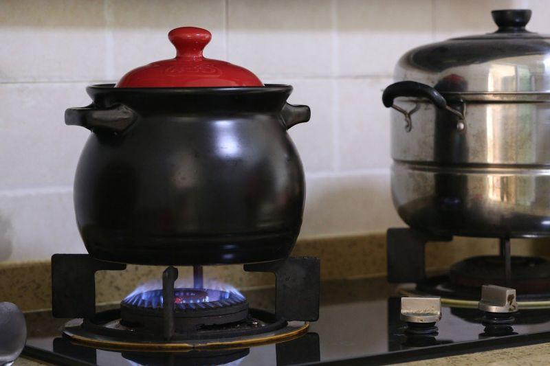 ▲用過覺得萬用的廚房家電為何?貼文立刻引發熱議。(示意圖/翻攝自Pixabay)