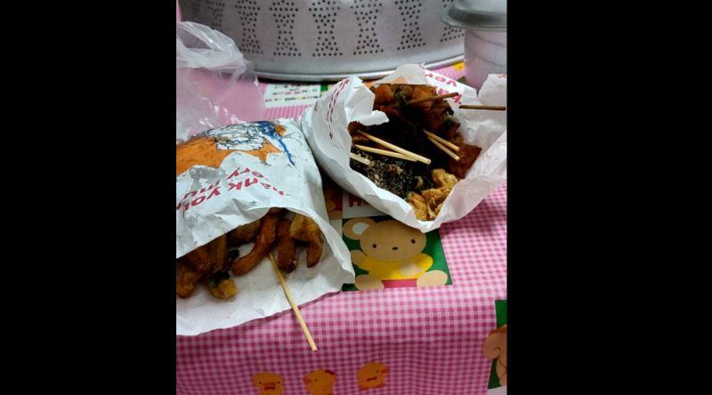 ▲不少人喜愛吃「鹹酥雞」,多數攤販也都採用現點現炸,保持良好口感。(圖/翻攝《爆怨公社》)