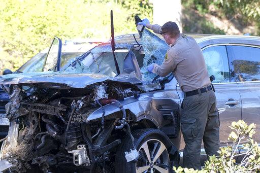 老虎伍茲車禍原因出爐 飆速140公里過彎失控