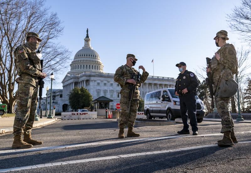 美國會山莊外驚傳汽車衝撞攻擊!1警1嫌身亡
