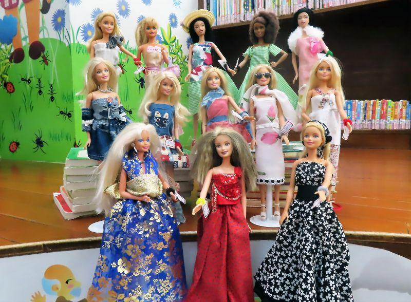 泰山分館展百件芭比臺灣時裝秀 獨家分享娃衣製作秘密