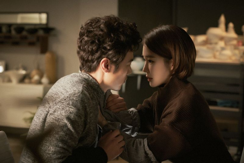 ▲片中,劉仁娜(右)與金剛于不打不相識。(圖/華映娛樂)