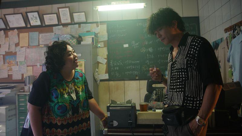 ▲鍾欣凌(左)與邱澤(右)同台飆戲。(圖/金盞花大影業提供)