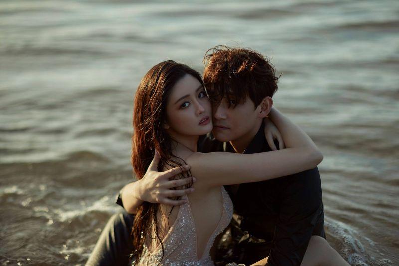 ▲賴琳恩(左)嫁給圈內藝人陳乃榮(右)。(圖/賴琳恩臉書)