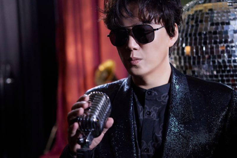 ▲蕭煌奇推出新台語單曲《舞台》。(圖/環球音樂提供)