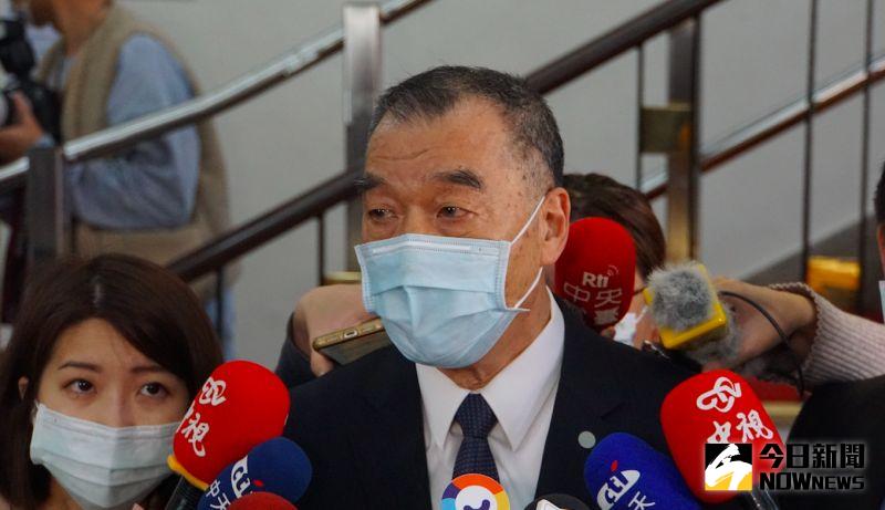 青年日報登性愛文章諷王定宇?邱國正致歉:應做政令宣導