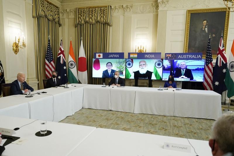 ▲美國總統拜登下週將舉辦由日本、印度和澳洲領袖共同參與的四方安全對話實體峰會,屆時美、日、印度和澳洲領袖將會同意採取措施,建構安全半導體供應鏈。資料照。(圖/美聯社/達志影像)