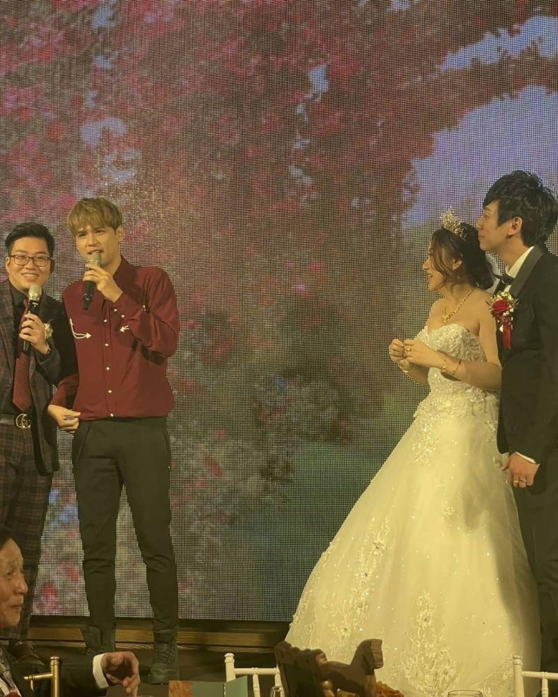 ▲Joeman經紀人Yuni結婚,他邀請對方的偶像歌手到現場獻唱。(圖/翻攝自Joeman臉書)