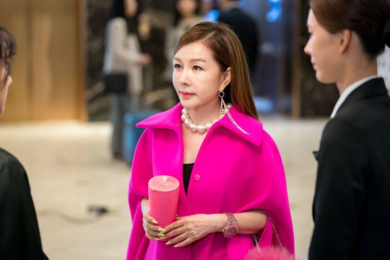 ▲朴俊錦在韓劇中總是飾演有錢少奶奶,戲外的她也相當富有。(圖/緯來)