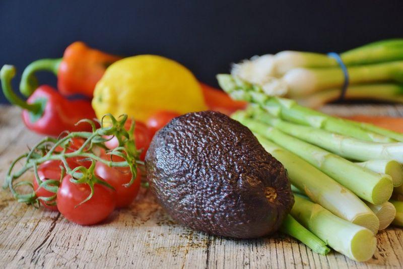 搜狐美食專欄《Lily談美食》分享,「韭菜」搭配「豆皮」一起炒,不用加肉炒就很好吃,不僅「鮮」氣十足,還富含營養價值。(圖/取自pixabay)