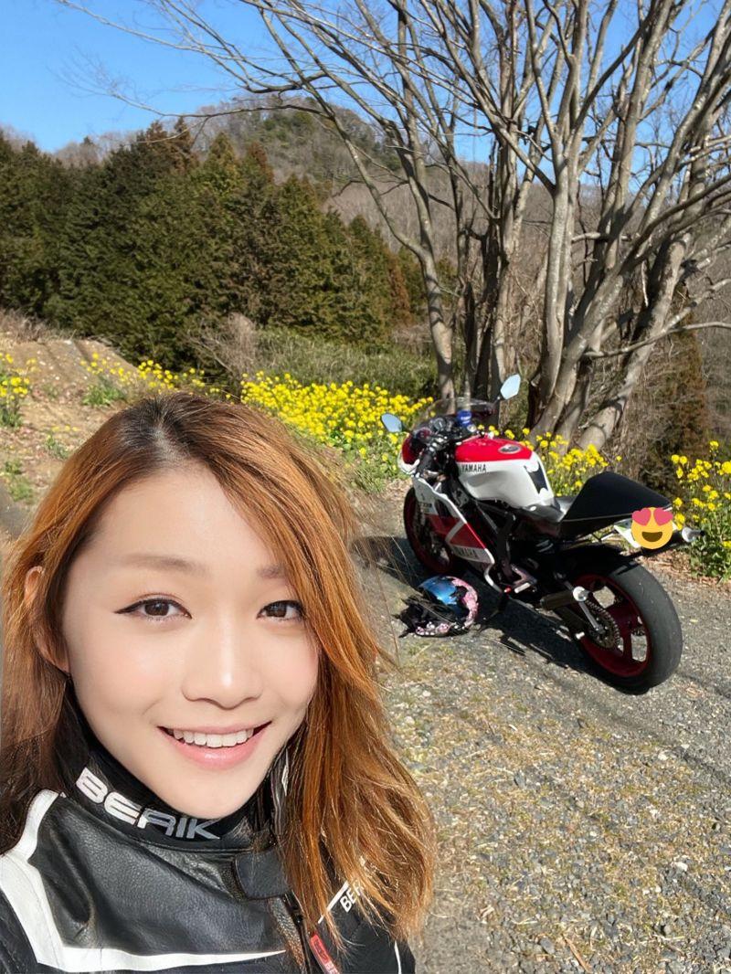 ▲宗谷經常在推特分享個人與重機的合照。(圖/翻攝自@azusagakuyuki的推特)