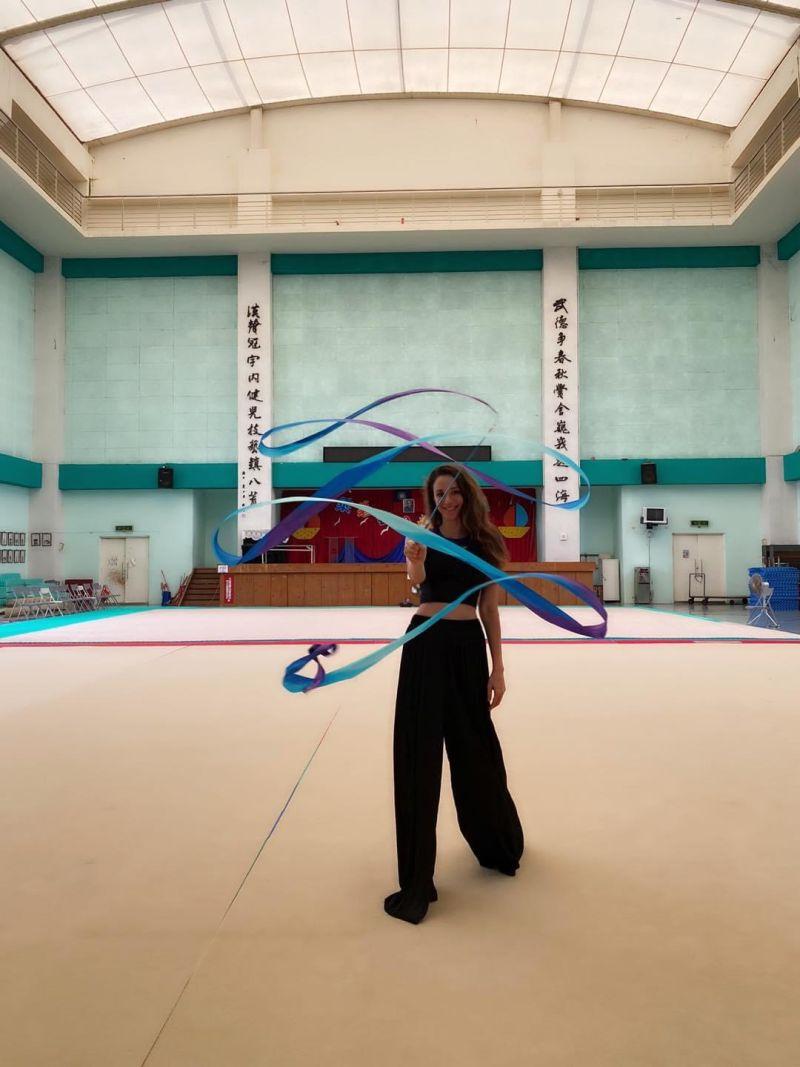 ▲兒時的瑞莎曾經在烏克蘭拿下8次全國藝術體操的冠軍。(圖/官方提供)