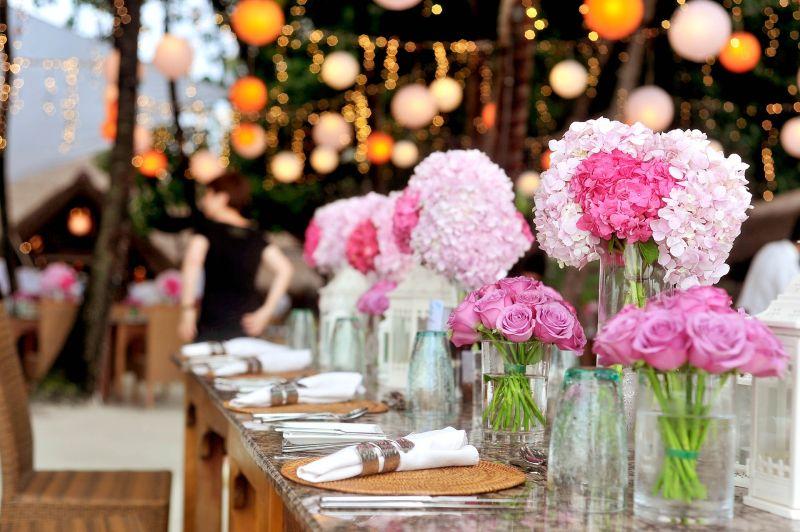 ▲一名女網友發文抱怨,表示最近在籌備婚禮,但也因為公婆覺得花費「太貴」,讓她感到很苦惱。(示意圖/取自 pixabay )