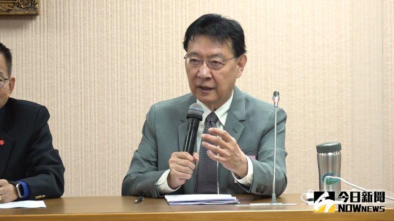 中廣董事長趙少康