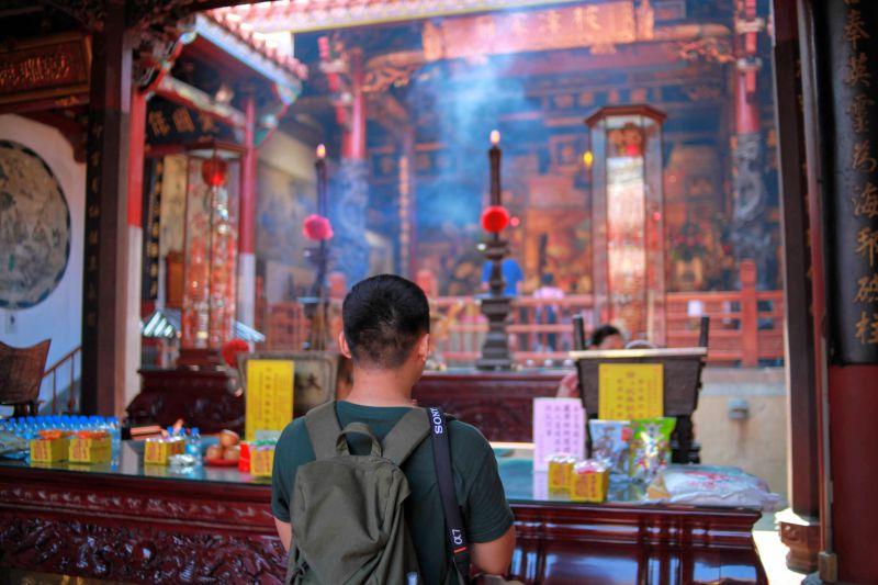 ▲想要求得好姻緣的人,林耀民大力推薦來台南參拜四大月老廟,各自都有不同的「專業」領域。(圖/KLOOK)
