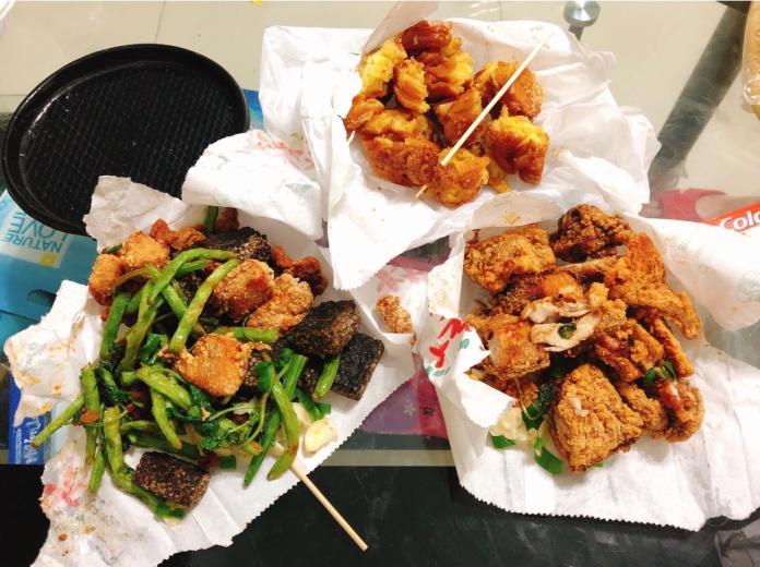 鹽酥雞攤中點啥最懂吃?全場食客一面倒:內行才懂得要點