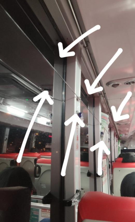 ▲原PO好奇客運上這條神秘長線的用途。(圖/翻攝Dcard)