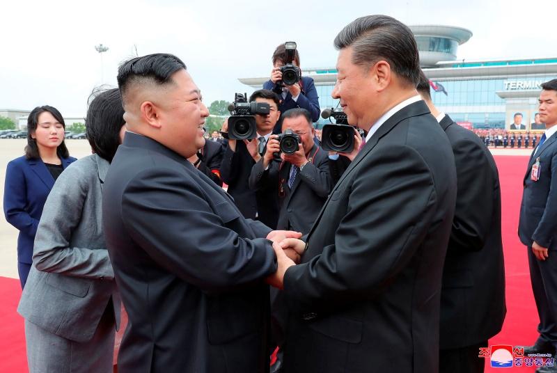 ▲南韓媒體引述北韓官媒23日報導,北韓領導人金正恩喊話中國國家主席習近平,雙方要團結合作,以應付敵對勢力。資料照。(圖/美聯社/達志影像)