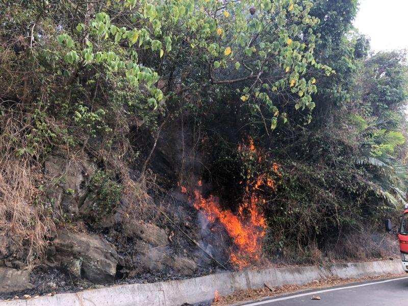 放火燒山怪猴子 警方逮到縱火老農