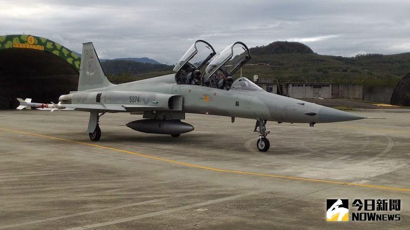 ▲台東志航基地F-5F戰機。(圖/記者呂炯昌攝)