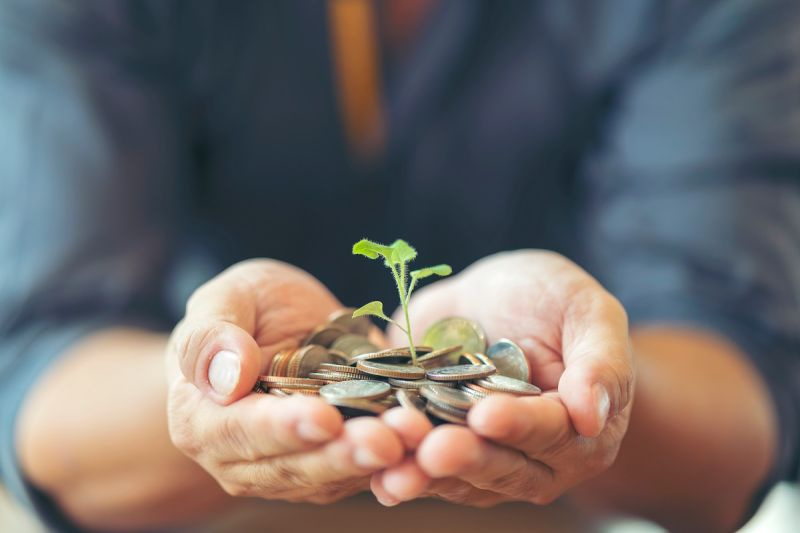 配息基金進化版 股優於債 這樣領收益更有感