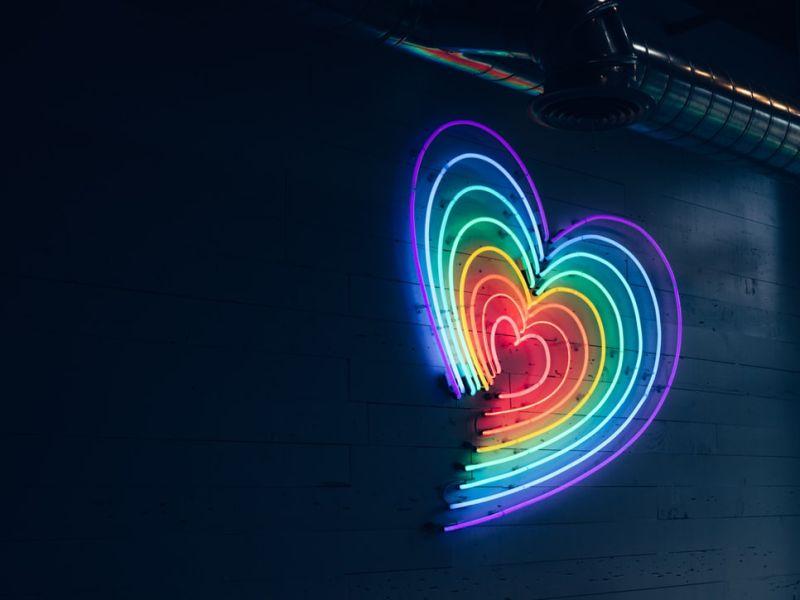 日本瘋傳彩虹占卜!選一色秒知你愛情觀 選綠色的要小心
