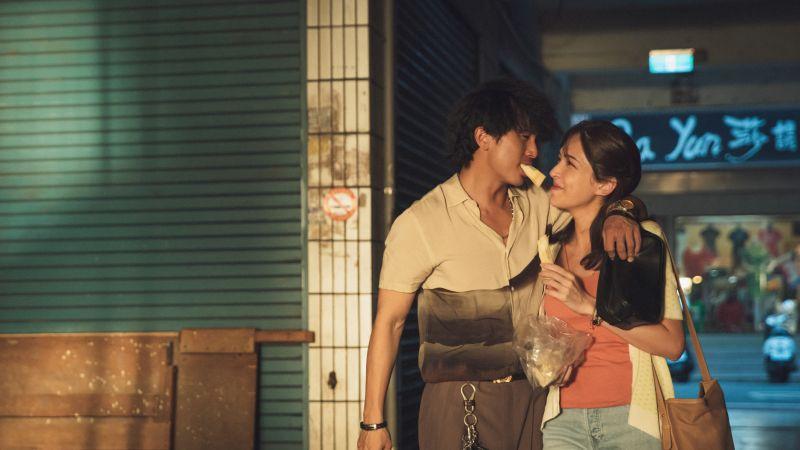 ▲許瑋甯、邱澤在電影《當男人戀愛時》有許多精彩對手戲。(圖/金盞花大影業提供)