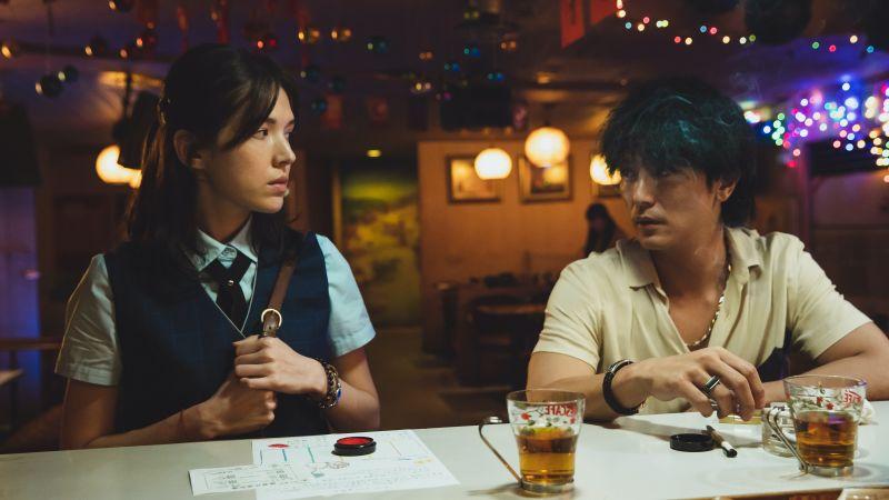 許瑋甯、邱澤在電影《當男人戀愛時》有許多精彩對手戲。(圖/金盞花大影業提供)