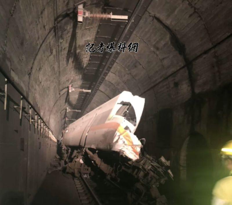 快訊/太魯閣號出軌50死!工程車司機「罪刑重大」遭聲押