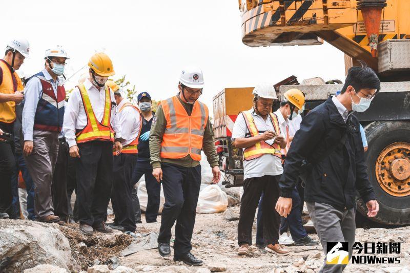 ▲太魯閣號2日發生出軌意外,釀成51死、2百人輕重傷的慘劇。(圖/記者陳明安攝,2021.04.04)